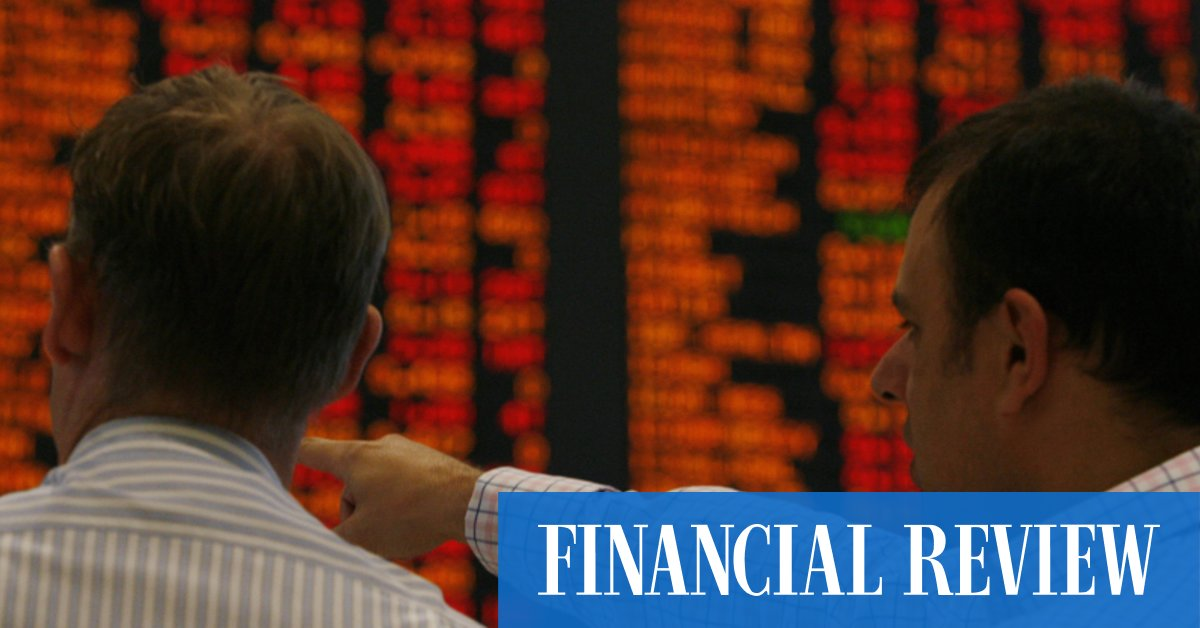 The sharemarket shed 133.6 points on Monday, dragged lower by Commonwealth Bank which dived 5.4 per cent on saying it will sell its general insurance business.