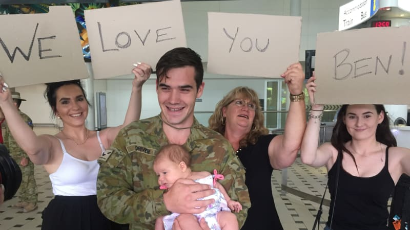 Brisbane soldiers arrive home from Iraq for Christmas