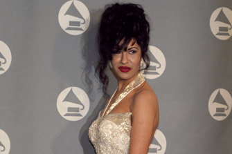 Selena picked up a Grammy award in 1994.