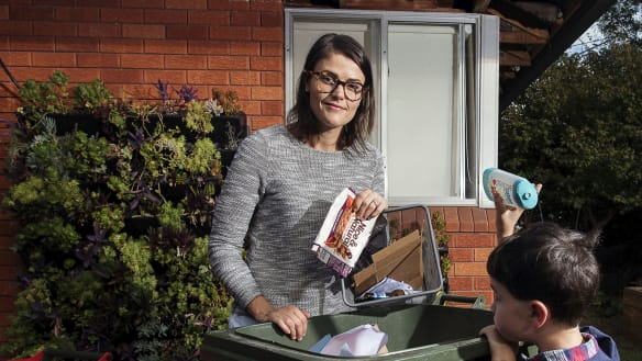 Nine in 10 Australians want governments to act on recycling crisis