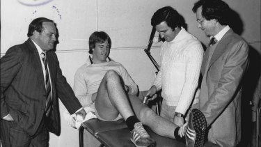 Hazard (right) oversees treatment of Canterbury utility back Greg Brentnell under the watchful eye of Peter Bullfrog Moore (left) in 1979.