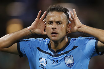 Sydney will  hold contract talks with Bobo for next season.