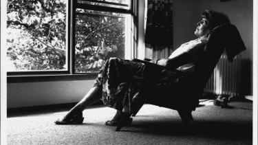 Liesel Scholem a passive smoking victim, 1990.
