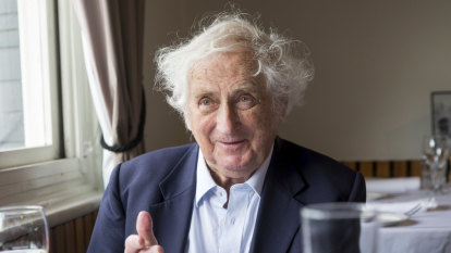 Radical historian Geoffrey Blainey marvels over climate change debate
