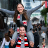 The boys are back: fans rejoice as men's AFL returns to Melbourne