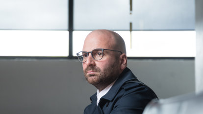 Calombaris in crisis meeting to save empire