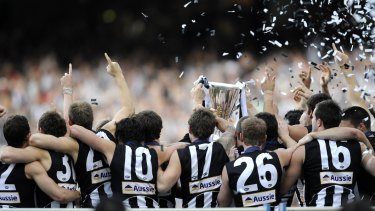 The victorious Magpies of 2010.