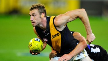 Shane Tuck in action for Richmond in 2012.