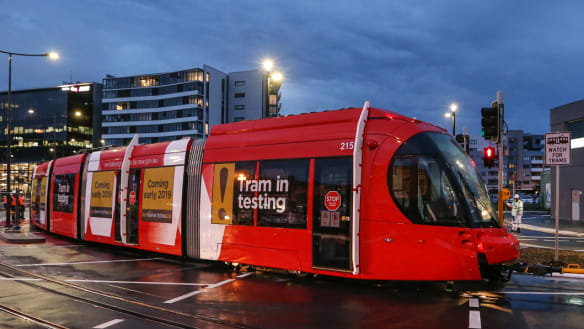 The Auditor-General is highly critical of the light rail project in Newcastle.