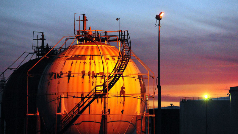 Petrol Surcharge Plan Seeks To Save Refineries