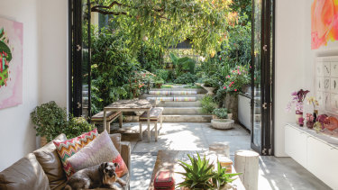A green sanctuary in Sydney designed by Richard Unsworth of Garden Life, from <i>The Gardens of Eden</i>.