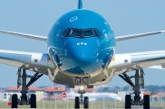 Supplied PR image for Traveller. Airbus Vietnam Airlines A350 XWB