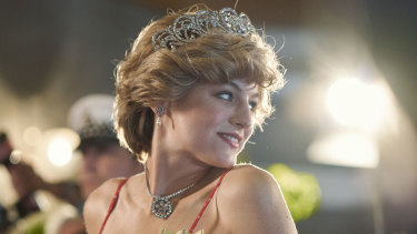 Emma Corin as Princess Diana  in an episode of The Crown  about Charles and Diana's tour of Australia.