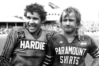 Parramatta's Steve Edge and Newtown's Tom Raudonikis after the Eels' 1981 grand final victory over the Jets.