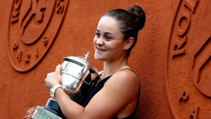 Barty won't make a 'rash decision' on timing of grand slam return
