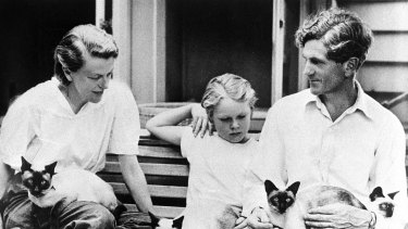 Sunday  and John Reed, with their adopted son Sweeney, at Heide in the early 1950s.