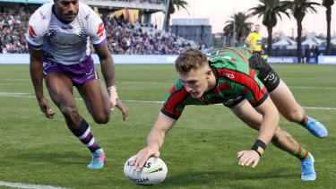 Campbell Graham crosses to give South Sydney a sniff at Central Coast Stadium.