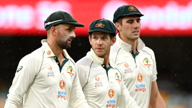 Tim Paine (centre) has done a great job for Australia, but the cracks are starting to show.