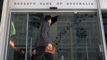Minutes of the Reserve Bank's December meeting suggest it will consider a rate cut early in the new year.