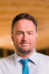 Professor Benjamin Cowie is overseeing Victoria's COVID-19 vaccine roll-out.