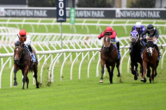 Peltzer once again gapped his rivals for Kerrin McEvoy in the Randwick opener on Saturday.