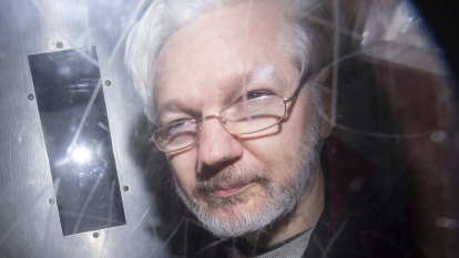Julian Assange complains he cannot follow US extradition hearing