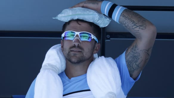 'They know it's going to be hot': Players, fans braced for hottest day at Australian Open so far