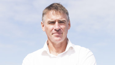 Rob Oakeshott says the Adani project needs to be reconsidered.
