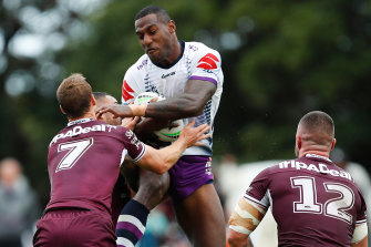 Two tries in three minutes to Suliasi Vunivalu lifted Melbourne to an 18th consecutive round-one victory.