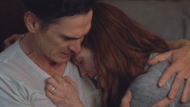 Billy Crudup and Julianne Moore in After the Wedding.