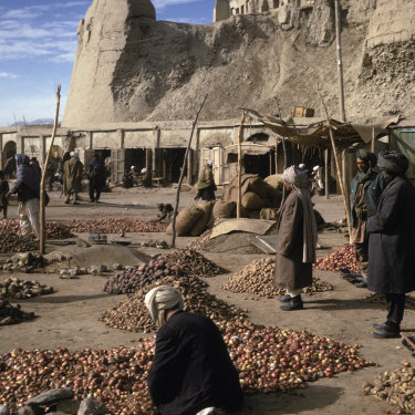 A market in Ghazni, amid the ruins of an ancient town which once hosted a medieval empire. Now, its palace architecture is in demand worldwide.