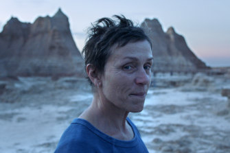 Frances McDormand plays Fern, a widow forced into a nomadic life to secure work.