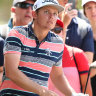 Smith's chase for three-peat goes adrift in wayward first round