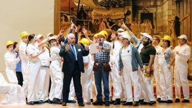 Conal Coad as Don Prudenzio, Christopher Hillier as Antonio and the Opera Australia Chorus in Il Viaggio a Reims.