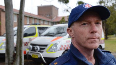 APA secretary Steve Pearce said a mob of angry men stopped paramedics treating Hamze Ibrahim who later died.
