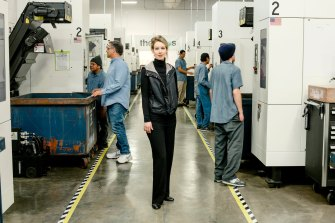Irregularities: Company founder Elizabeth Holmes at a Theranos lab in 2015.