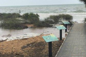 Tourist boardwalk submerged at Monkey Mia.