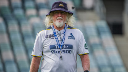 Laurie Fisher and Peter Hewat staying put as Brumbies re-sign coaches