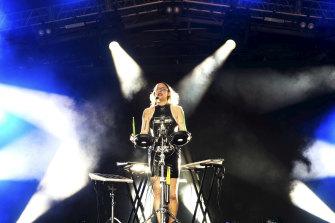 Simona Castricum performs at Golden Plains in 2020.