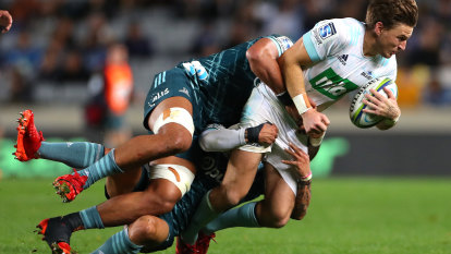 Barrett to skip 2021 Super Rugby campaign for Suntory sojourn