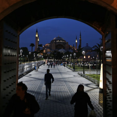 In Istanbul, people rush to break their fast on the first day of Ramadan.