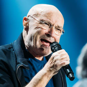 What Phil Collins lacked in mobility, he made up for in an almost flawless vocal display.