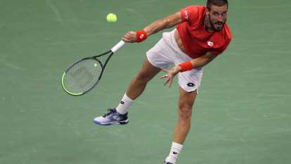 Dzumhur, coach taking legal action over French Open COVID-19 test