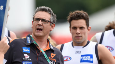 Giants coach Leon Cameron has signed a new contract, keeping him at the club until the end of 2022.