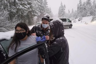 The team went car-to-car and introduced themselves as county health officials stuck in the snowstorm.