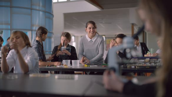 'Enrol now': footy ad campaign aims to woo parents to state schools