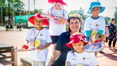 Evonne Goolagong Cawley is using tennis to help Indigenous kids get an education.