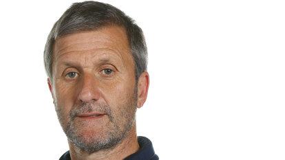 Former cycling doctor struck off medical register