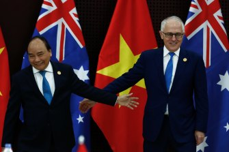 Vietnamese PM Nguyen Xuan Phuc raised issues around the display of South Vietnam flags at Australian councils with then-prime minister Malcolm Turnbull.