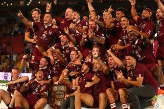 Queensland celebrate winning the unwinnable series at Suncorp Stadium.